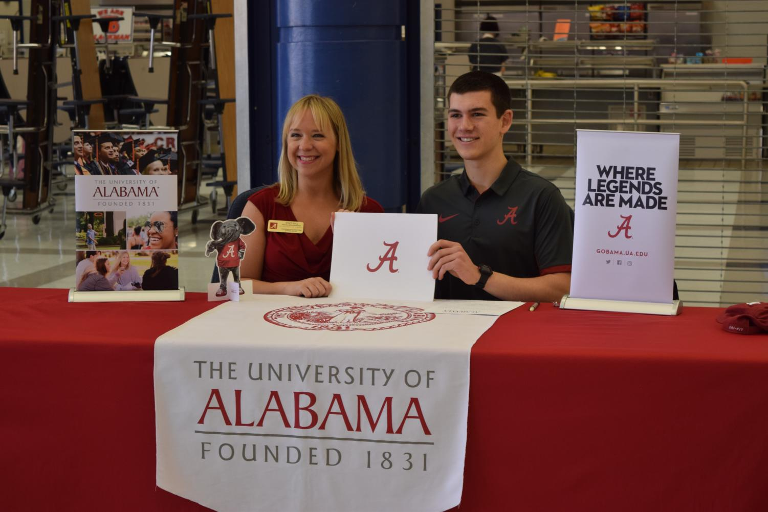 Luke+Porter+will+attend+the+University+of+Alabama++in+the+fall.