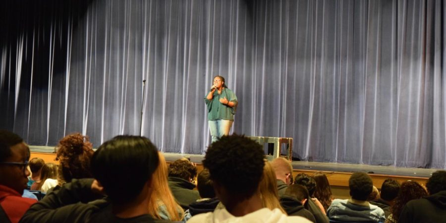 Zyion Stephens, senior, preforming her solo during the show.