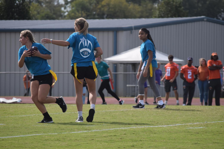 Jasmine+Hart%2C+freshman%2C+running%2C+again%2C+down+the+field.