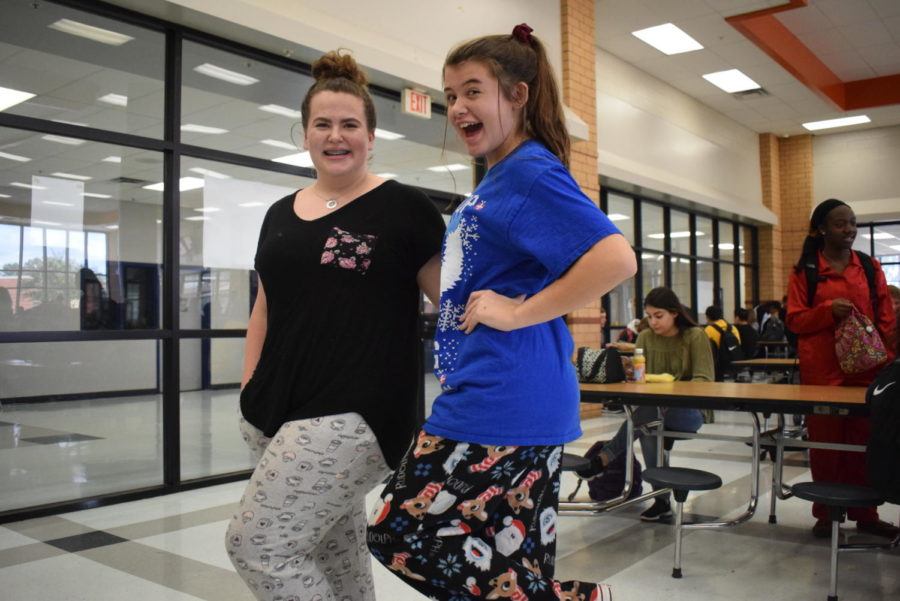 Kayla Donaldson and Gracie Barrentine, Sophomores.