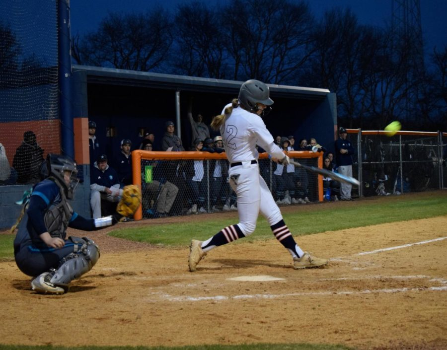 Alissa Hart making a great hit for her team.