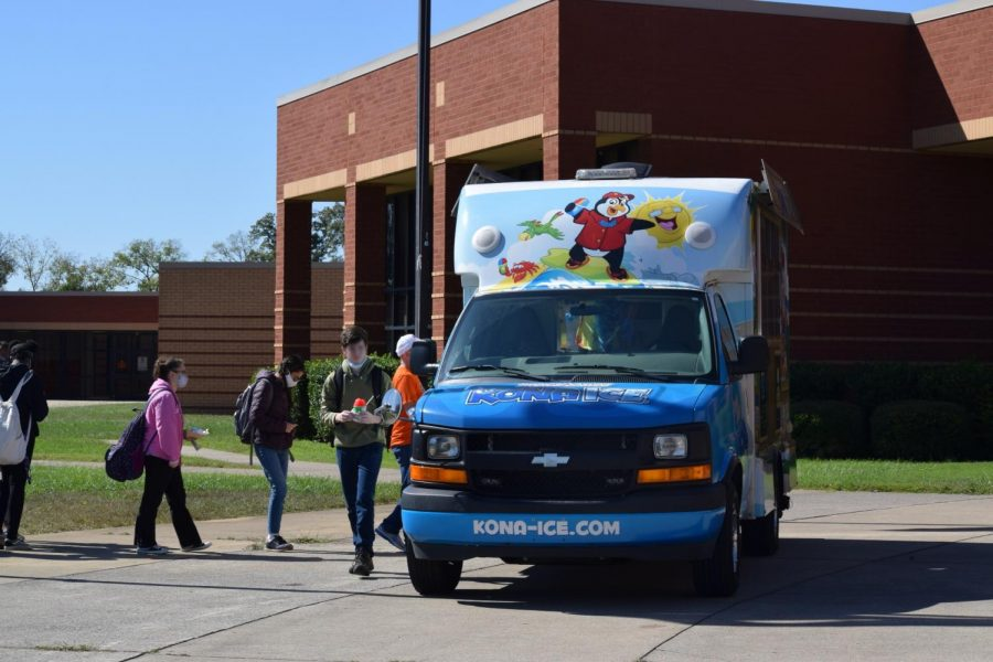 Food trucks and Kona Ice visit the school during lunch.
