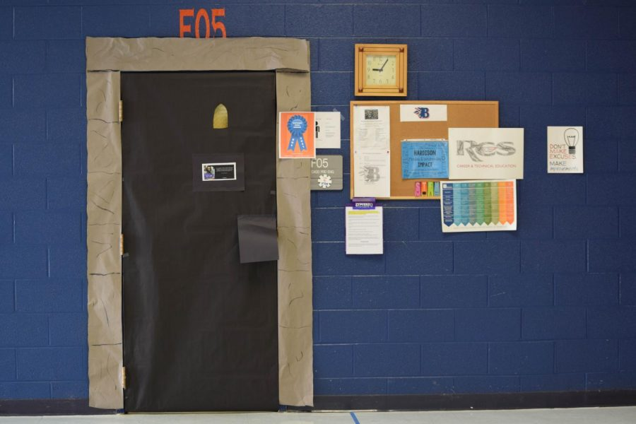 Ken Hardison's Light at the End of the Tunnel door won the Outside-the-Box Award.