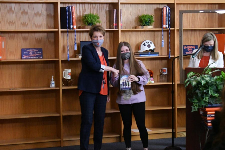 Alexis Marsh won the Government and Bridge Math awards.