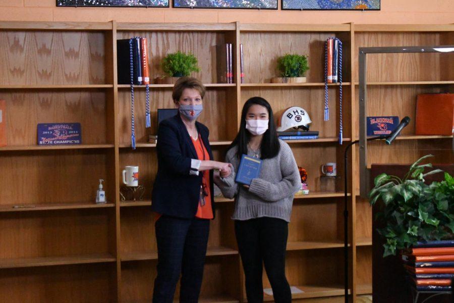 Shiho Kasama won the Honors Anatomy & Physiology award.