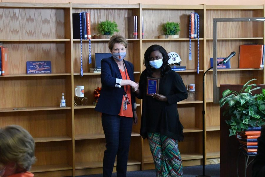 Lameisha Parker won the Renaissance and Valedictorian awards.