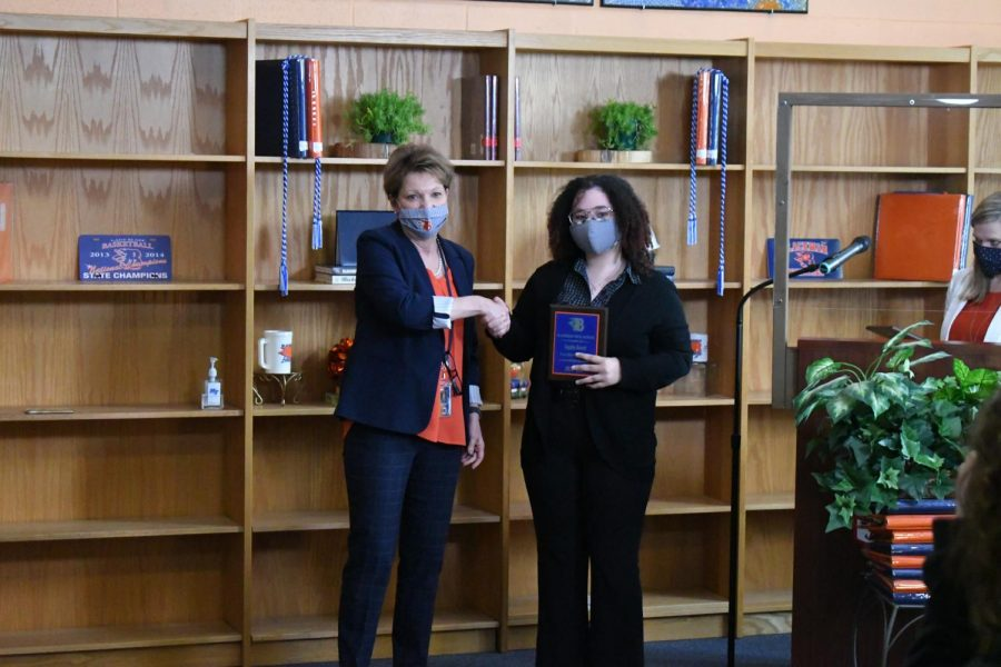 Kayden Barrett won a Valedictorian award.