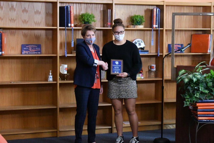 Kaylee Odom won a Valedictorian award.