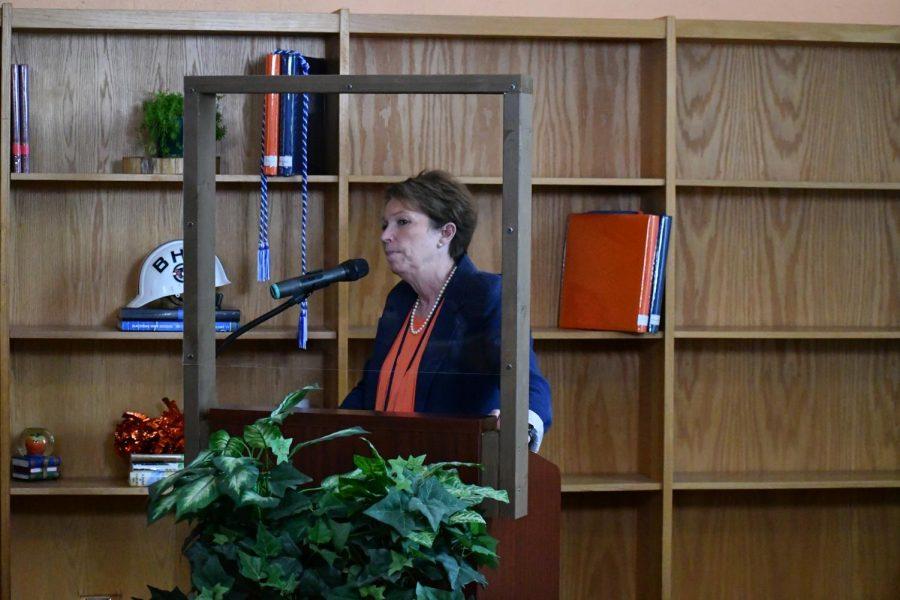 Principal Dr. Leisa Justus spoke to close the 2021 Junior Class Awards.